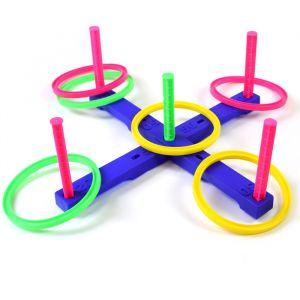 Jogo com seis argolas de plástico e alvo com pontuação