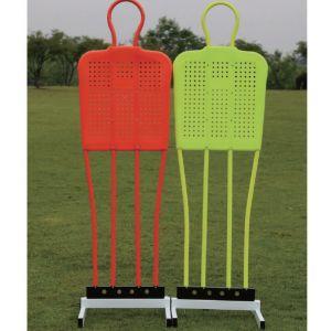 Boneco barreira para treinamento de falta no futebol de aço com base Pista e Campo