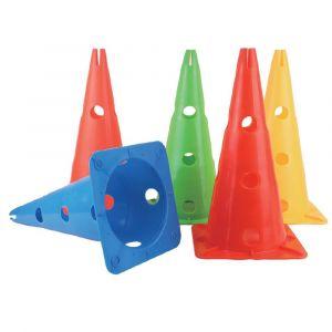 Cone de sinalização 50cm de PVC com furos para hastes e arcos com base quadrada Pista e Campo