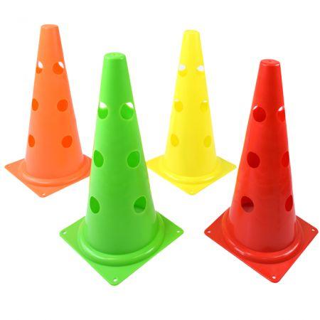 Cone de sinalização 38cm de PVC com furos para suportar hastes Pista e Campo